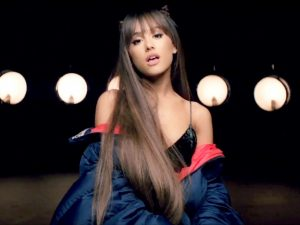 Ariana Grande Lovely and Sexy Hairstyles