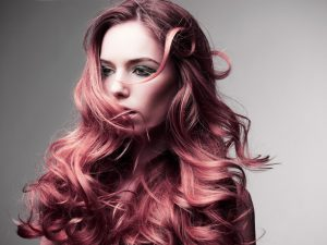 What are 4 criterias to consider before dying your hair?