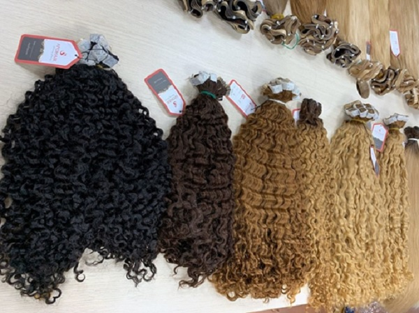 06 16 Inch Tape In Hair Extensions